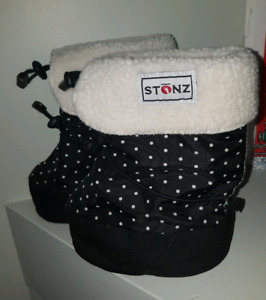 Stonz Booties with Liner