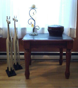 SOLID WOOD DISTRESSED TOP TABLE