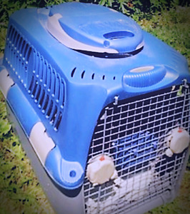 Large Blue Animal Crate/Carrier