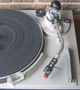 Vintage Technics sl-5200 TT (sure m92e cartridge and stylus) West Island Greater Montréal image 2
