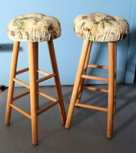 "PAIR 29"" WOOD STOOLS WITH THICK TUFTED SEATS"