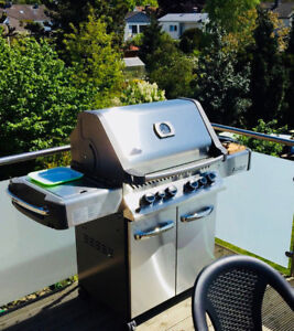 (SALE) NAPOLEON BBQ CASH&CARRY WITH FREE DELIVERY