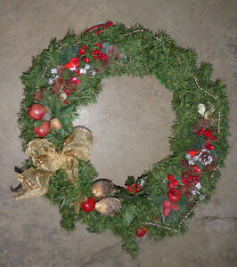 Lots and lots of fake green Christmas wreaths $ 5-$ 10 Kitchener / Waterloo Kitchener Area image 6