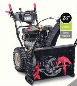 KILLER DEAL!! 2 machines zturn and snowblower