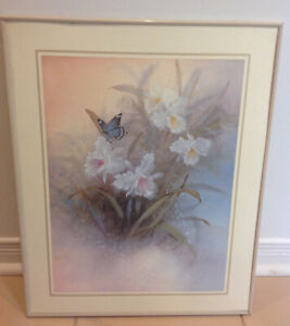 """Floral Picture in Pearl colored Frame, 20"""" x 16"""""""