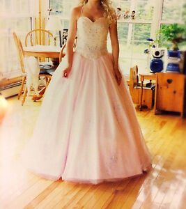 BEAUTIFUL PALE PINK PRINCESS PROM GOWN