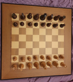 Quality wooden chess board and chess set
