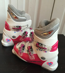 Girls youth ROSSIGNOL ski boots 22.5