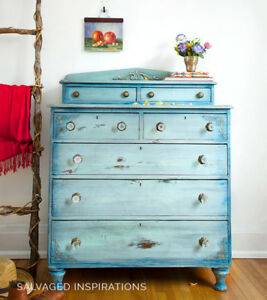 SOLID WOOD ANTIQUED TWO TIER DRESSER