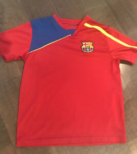 Kids size small/medium soccer Jersies ~ approximate age 5-8