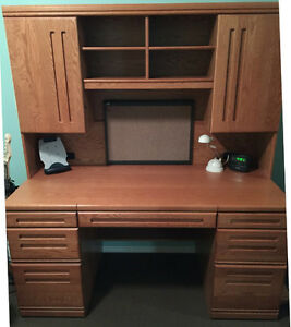 Desk, Hutch, Computer Desk, and Dresser Set Solid Oak