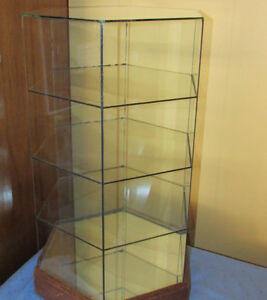 GLASS HEXAGON STORE DISPLAY CASE