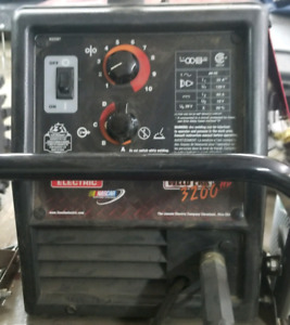 Lincoln 3200hd welder