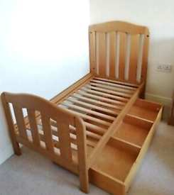 Used Mamas & Papas Cotbed, Cot Top Changer & Underbed drawer