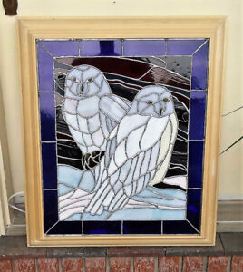 Stained Glass (OWLS) in wooden frame WITH background lighting