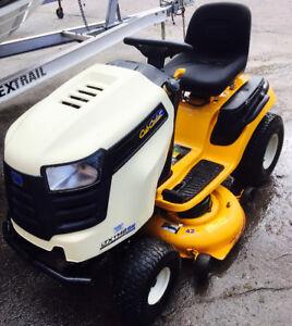 Cub Cadet Lawn Tractor LTX42