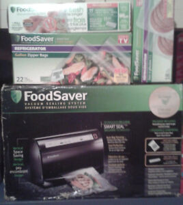 FoodSaver Vacuum System Plus Extras - New in the Box