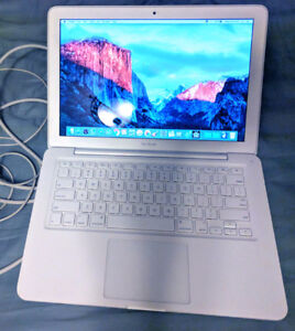 Apple Macbook White Unibody with Office , iLife