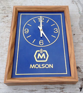 COLLECTIBLE MOLSON CLOCK