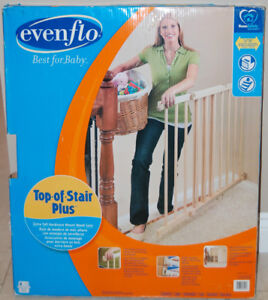 Evenflo Top of Stair Extra Tall Wooden Gate EXCELLENT Condition