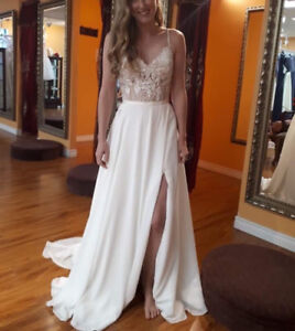 NEW wedding dress size 4