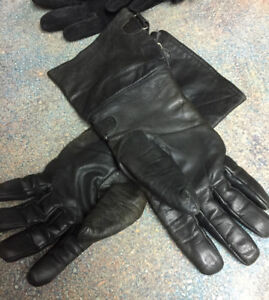 Ladies motorcycle gloves 25.00