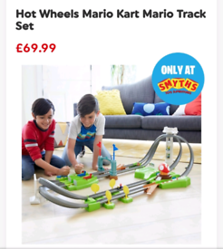 Mario Kart Hot Wheels Track