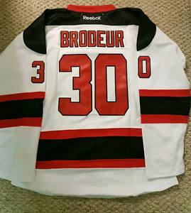 SALE NWT New Jersey Devils Brodeur NHL Hockey Jersey large