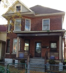 For rent Lower 1 Bdrm Apt. Downtown