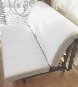 Divan et futon dans ville de montr al meubles petites for Meuble jaymar montreal