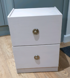 Small set of drawers x 2