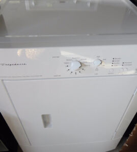 Frigidaire White Dryer in Very Good Condition