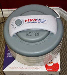Nesco Food Dehydrator + Jerky Kit
