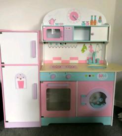 Kids wooden toy kitchen