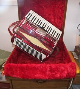 120 Bass Enrico Roselli Accordion Red Ladies Accordian