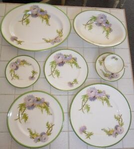 26 Pc Royal Doulton Glamis Thistle Dinnerware Service For 6