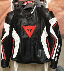 Dainese Assen Leather Jacket - Size 60 (2XL)