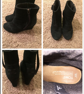 TOMS black wedge booties