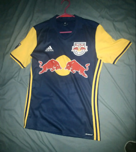 New York Red Bulls jersey (size S)