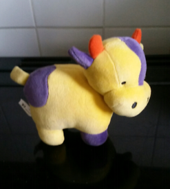 Small cow soft toy