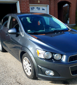 Chevrolet Sonic--- LOW KMs!