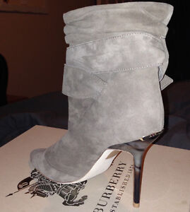 Burberry Trench Buckle Ankle Boots Kitchener / Waterloo Kitchener Area image 4