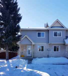 FOR RENT-- TOWN HOUSE / CONDO  in Westend 3bdrm