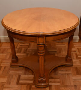 TABLE D'APPOINT RONDE / ROUND SIDE TABLE (Érable/Maple)