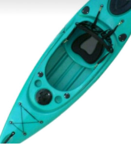 BRAND NEW STRIDER KAYAK w/ FREE PADDLE AND DELIVERY!