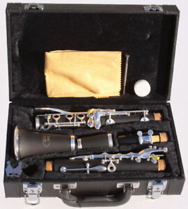 Brand new silver-plated 17 key Clarinet set - $169.00