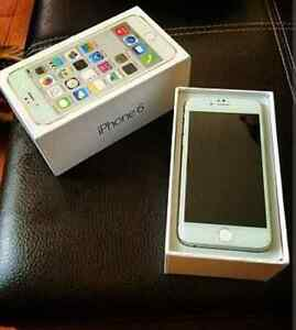 64gb iPhone 6 in box, chords and case