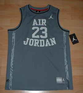 JORDAN BASKETBALL JERSEY YOUTH XL