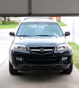 2004 Acura MDX SUV great condition fully loaded
