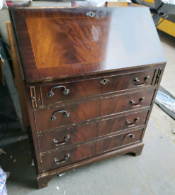 Bureau - Quality Retro Vintage Bureau. It's got 4 Outter Draws, 1 Leaf
